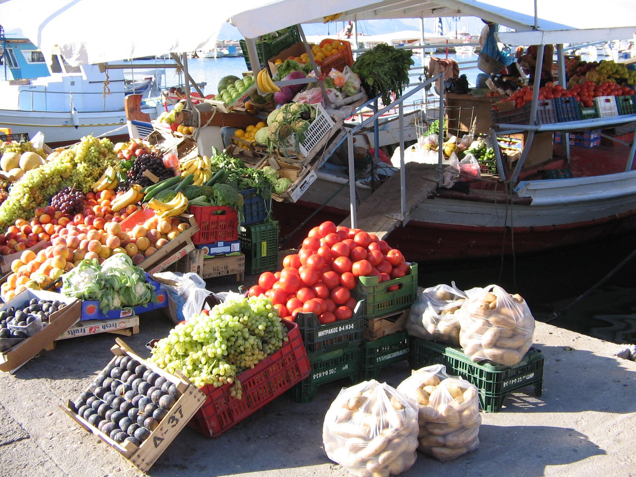 Nyd din ferie med Hellas Holidays på Aegina