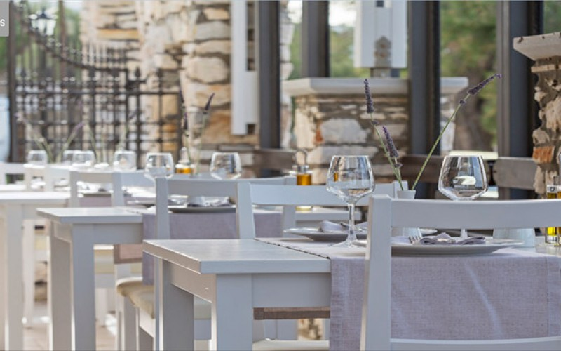 Restaurant Kyr Anna Hotel Contaratos, Paros