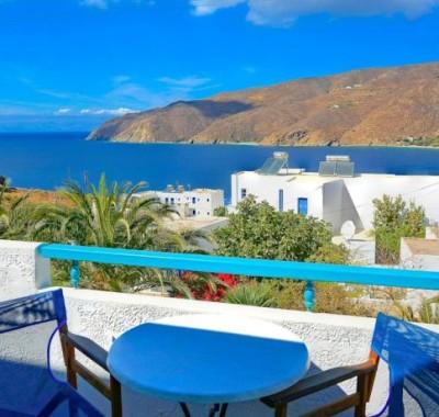 Udsigten fra balkonen på hotel Gryspo, Amorgos