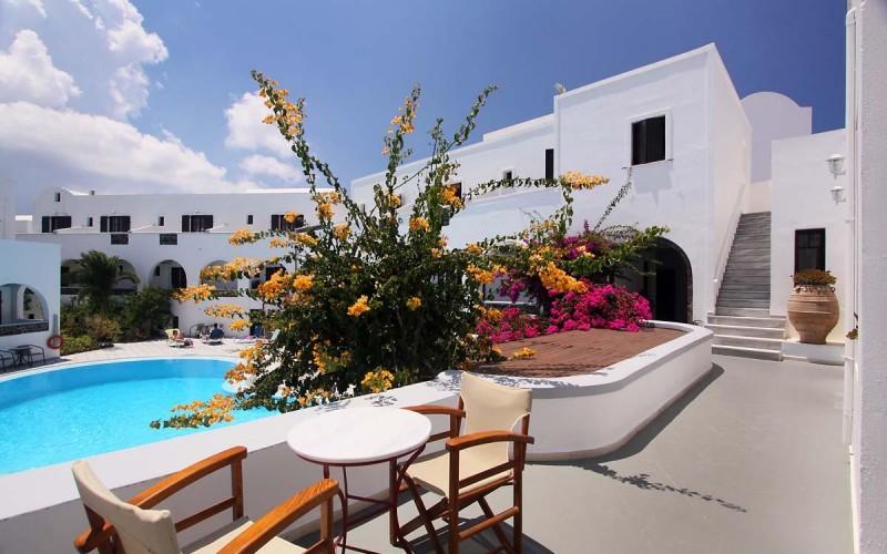 Poolen Hotel Haroula, Santorini