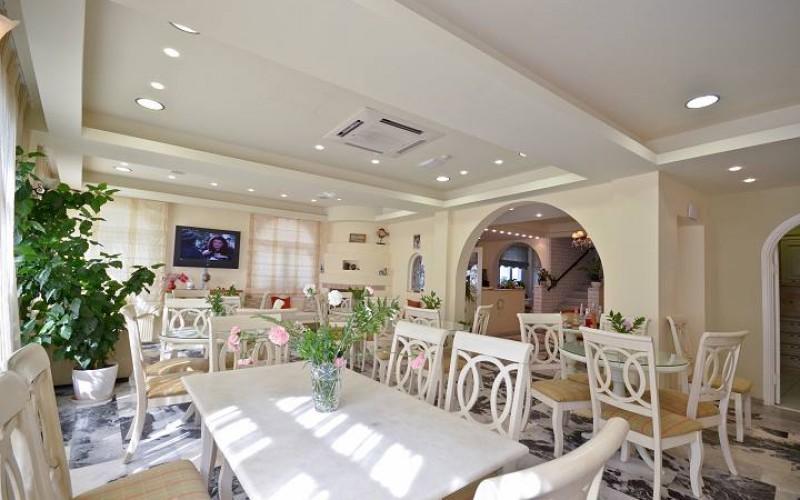 Morgenmad på hotel Kymata, Naxos