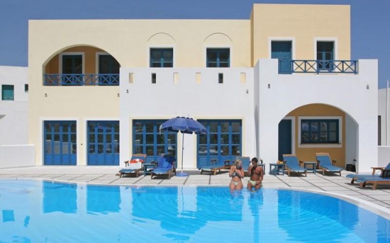 Poolen på hotel Sunshine, Santorini