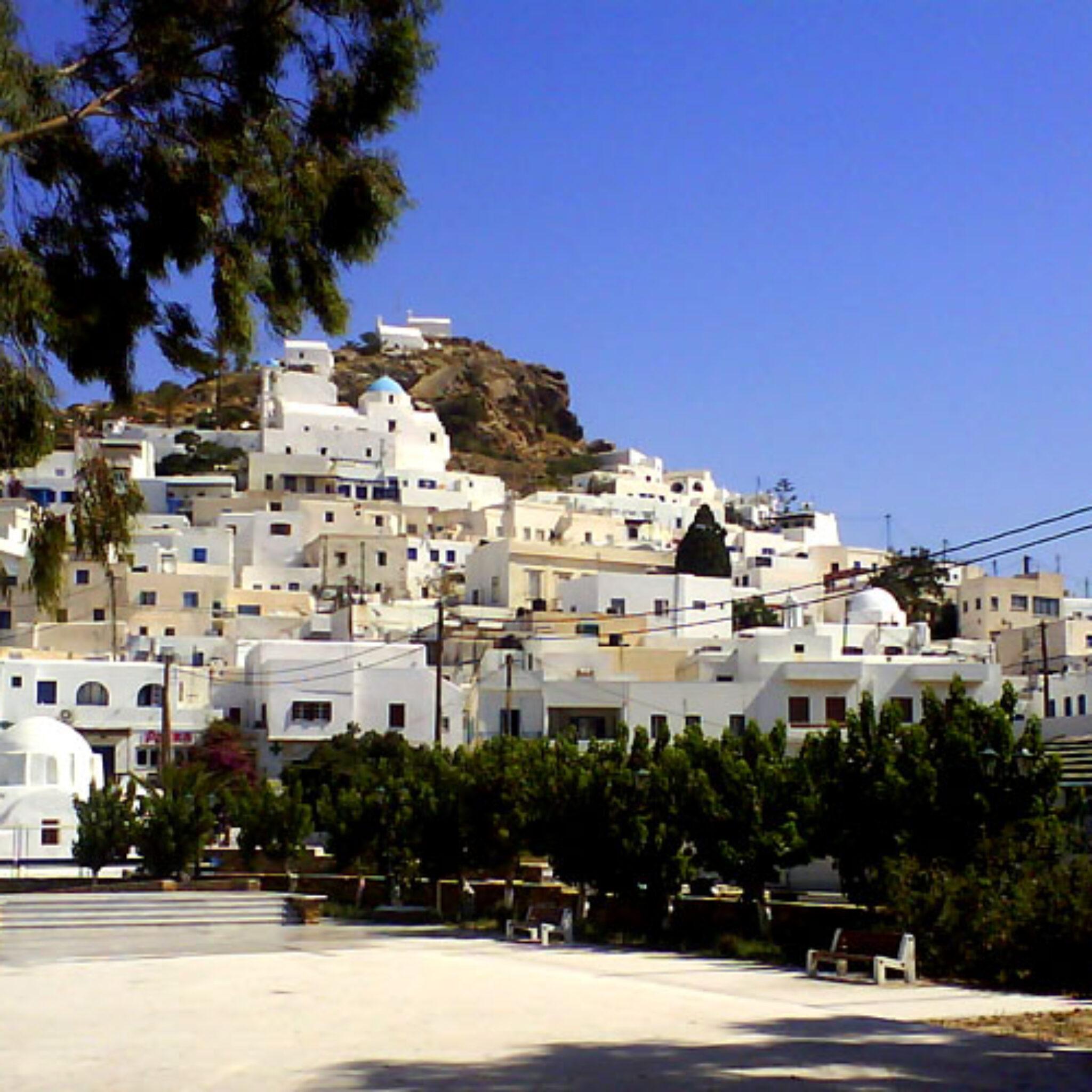 Tag på Øhop til Andros i Kykladerne med Hellas Holidays
