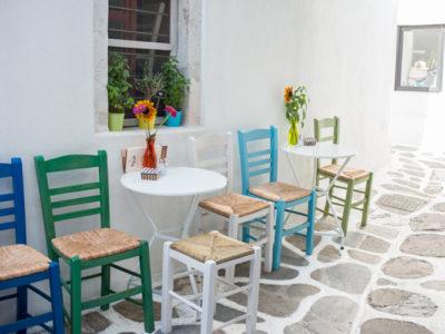 Besøg farverige Mykonos